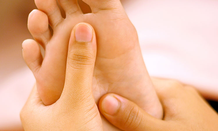 Reflexology / back massage